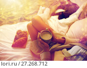 Купить «close up of woman with cocoa cup in bed», фото № 27268712, снято 15 октября 2016 г. (c) Syda Productions / Фотобанк Лори