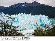 Купить «Glacier Perito Moreno and mountains», фото № 27281080, снято 2 февраля 2017 г. (c) Яков Филимонов / Фотобанк Лори