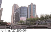 Купить «Chinese city of Shanghai», видеоролик № 27290064, снято 13 декабря 2017 г. (c) Балдина Алиса / Фотобанк Лори