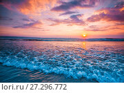 Купить «Sunset over ocean», фото № 27296772, снято 18 января 2016 г. (c) Иван Михайлов / Фотобанк Лори