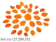 Купить «Снежинка из сушеного абрикоса на белом фоне. Натюрморт из пищевых продуктов», фото № 27299372, снято 10 декабря 2017 г. (c) Максим Мицун / Фотобанк Лори