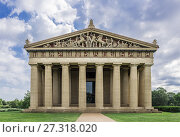 Купить «The Parthenon is the centerpiece of Centennial Park, Nashville, Tennessee, USA.», фото № 27318020, снято 16 июля 2017 г. (c) age Fotostock / Фотобанк Лори