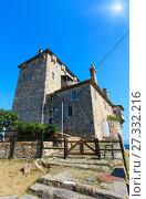 Купить «Old tower (Chalcidice, Greece).», фото № 27332216, снято 26 июля 2016 г. (c) Юрий Брыкайло / Фотобанк Лори