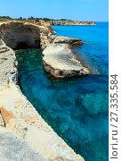 Grotta del Canale, Sant'Andrea, Salento sea coast, Italy (2017 год). Стоковое фото, фотограф Юрий Брыкайло / Фотобанк Лори