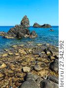 Купить «Aci Trezza Faraglioni, Sicily coast», фото № 27342992, снято 13 июня 2017 г. (c) Юрий Брыкайло / Фотобанк Лори