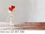 Купить «decorations for Valentine's Day», фото № 27357180, снято 7 января 2018 г. (c) Майя Крученкова / Фотобанк Лори