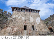 Купить «Northern Tower of Fortress in Khotyn city, located in Chernivtsi Oblast of western Ukraine.», фото № 27359480, снято 13 июня 2017 г. (c) easy Fotostock / Фотобанк Лори