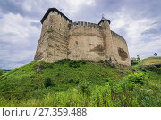 Купить «Fortress in Khotyn city, located in Chernivtsi Oblast of western Ukraine. View from the bridge.», фото № 27359488, снято 13 июня 2017 г. (c) easy Fotostock / Фотобанк Лори