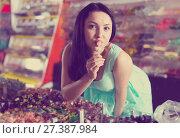 Купить «Woman posing to photographer with lollypop», фото № 27387984, снято 25 апреля 2017 г. (c) Яков Филимонов / Фотобанк Лори