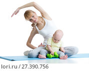 Купить «Young mom with baby doing gymnastics and fitness exercises», фото № 27390756, снято 18 июля 2018 г. (c) Оксана Кузьмина / Фотобанк Лори