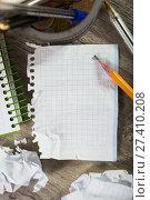 Купить «Torn crumpled notebook sheet», фото № 27410208, снято 22 апреля 2018 г. (c) Яков Филимонов / Фотобанк Лори