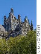 Купить «St. John's Cathedral, s-Hertogenbosch, Netherlands», фото № 27424828, снято 21 апреля 2016 г. (c) Boris Breytman / Фотобанк Лори