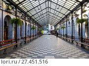 Купить «Berdura plaza, Tolosa, Gipuzkoa, Basque Country, Spain, Europe», фото № 27451516, снято 19 октября 2017 г. (c) age Fotostock / Фотобанк Лори