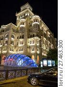 Купить «Ночная подсветка зданий в центре Баку. Улица Низами. Азербайджан», фото № 27463300, снято 22 сентября 2017 г. (c) Евгений Ткачёв / Фотобанк Лори