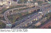 Aerial view of traffic junction cross road. Стоковое видео, видеограф Михаил Коханчиков / Фотобанк Лори