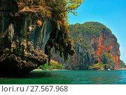 Купить «Phranang Bay cliffs, Thailand, Southeast Asia, Asia», фото № 27567968, снято 9 марта 2016 г. (c) age Fotostock / Фотобанк Лори