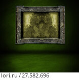 Купить «dark green wall with frame and floor interior background», фото № 27582696, снято 22 апреля 2019 г. (c) PantherMedia / Фотобанк Лори
