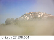 Купить «Castelluccio in morning fog, Piano Grande, Umbria, Italy», фото № 27598604, снято 20 мая 2019 г. (c) PantherMedia / Фотобанк Лори