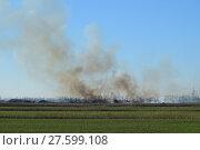 Купить «Fire on irrigation canals», фото № 27599108, снято 23 января 2019 г. (c) PantherMedia / Фотобанк Лори