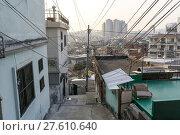 Купить «Sunset over Haebangchon alleyway in seoul», фото № 27610640, снято 17 февраля 2019 г. (c) PantherMedia / Фотобанк Лори