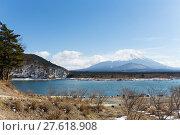 Купить «Lake Shoji with mt. Fuji», фото № 27618908, снято 23 июля 2019 г. (c) PantherMedia / Фотобанк Лори