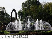 Купить «water city town square journey», фото № 27625252, снято 18 июня 2019 г. (c) PantherMedia / Фотобанк Лори