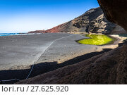 Купить «green lagoon at el golfo,lanzarote,canary islands», фото № 27625920, снято 22 апреля 2019 г. (c) PantherMedia / Фотобанк Лори
