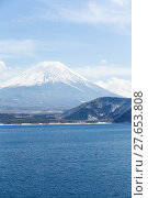 Купить «Mountain Fuji and lake», фото № 27653808, снято 16 июля 2019 г. (c) PantherMedia / Фотобанк Лори