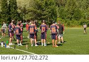 Field lacrosse. Соревнование по лакроссу на траве. Лахти, Финляндия. Команда (2013 год). Редакционное фото, фотограф Валерия Попова / Фотобанк Лори