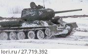 Купить «Russian Tanks T34», видеоролик № 27719392, снято 12 мая 2012 г. (c) Алексей Кузнецов / Фотобанк Лори