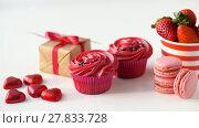 Купить «sweets and strawberries in st valentines day», видеоролик № 27833728, снято 10 февраля 2018 г. (c) Syda Productions / Фотобанк Лори