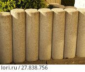 Купить «stone picket fence in front of a house», фото № 27838756, снято 19 февраля 2019 г. (c) PantherMedia / Фотобанк Лори