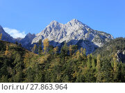Купить «twin peaks in the alps», фото № 27863964, снято 17 июля 2019 г. (c) PantherMedia / Фотобанк Лори