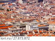 Купить «Old city Marseille at sunny day, France», фото № 27873872, снято 18 июля 2017 г. (c) Сергей Новиков / Фотобанк Лори