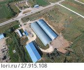 Купить «Hangar of galvanized metal sheets for storage of agricultural products», фото № 27915108, снято 18 января 2019 г. (c) PantherMedia / Фотобанк Лори