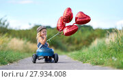 Купить «excursion by pedal car», фото № 27934008, снято 20 марта 2018 г. (c) PantherMedia / Фотобанк Лори
