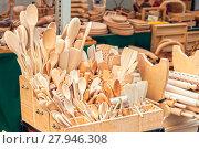 Купить «Wooden cooking spoons», фото № 27946308, снято 16 июля 2019 г. (c) PantherMedia / Фотобанк Лори