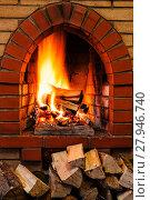 Купить «woods pile and burning firewood in brick fireplace», фото № 27946740, снято 26 марта 2019 г. (c) PantherMedia / Фотобанк Лори