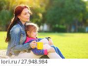 Купить «Mother with daughter outdoors», фото № 27948984, снято 23 апреля 2019 г. (c) PantherMedia / Фотобанк Лори