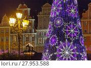 Купить «Market Square at christmas night, Wroclaw, Poland», фото № 27953588, снято 15 ноября 2018 г. (c) PantherMedia / Фотобанк Лори