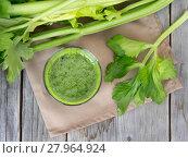 Купить «Fresh celery smoothie juice», фото № 27964924, снято 27 апреля 2018 г. (c) PantherMedia / Фотобанк Лори