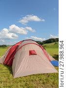 Купить «stretched tent in a quiet landscape», фото № 27988964, снято 22 апреля 2018 г. (c) PantherMedia / Фотобанк Лори