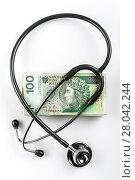 Купить «stethoscope and polish money (100 zlotys)», фото № 28042244, снято 23 февраля 2019 г. (c) PantherMedia / Фотобанк Лори