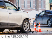 Купить «car accident at shallow depth of field», фото № 28069140, снято 23 февраля 2018 г. (c) Дмитрий Бачтуб / Фотобанк Лори