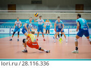 Купить «MOSCOW - NOV 5, 2016: Players at volleyball game Dynamo (Moscow) and Ural (Ufa) in Palace of Sports Dynamo», фото № 28116336, снято 5 ноября 2016 г. (c) Losevsky Pavel / Фотобанк Лори