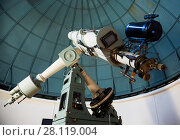 Купить «modern telescope in observatory», фото № 28119004, снято 17 апреля 2016 г. (c) Яков Филимонов / Фотобанк Лори