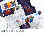 Купить «Графики, диаграммы и таблицы. Бизнес-натюрморт», эксклюзивное фото № 28153200, снято 11 марта 2018 г. (c) Юрий Морозов / Фотобанк Лори