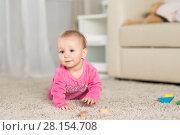 Купить «Baby eight months playing in the room», фото № 28154708, снято 6 февраля 2018 г. (c) Типляшина Евгения / Фотобанк Лори