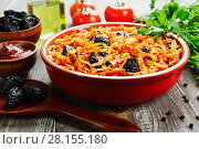 Купить «Cabbage stewed with prunes», фото № 28155180, снято 16 декабря 2017 г. (c) Надежда Мишкова / Фотобанк Лори