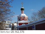 Купить «Москва, Зачатьевский монастырь зимним солнечным днем», фото № 28162376, снято 27 февраля 2018 г. (c) Natalya Sidorova / Фотобанк Лори